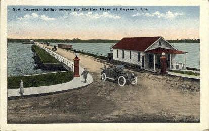 Halifax River Yacht Club - Daytona Beach, Florida FL Postcard