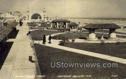 Ocean Front Park - Daytona, Florida FL Postcard