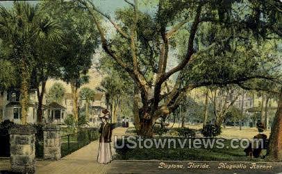 Magnolia Ave - Daytona, Florida FL Postcard