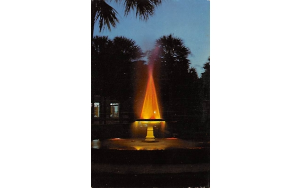 Holler Fountain De Land, Florida Postcard