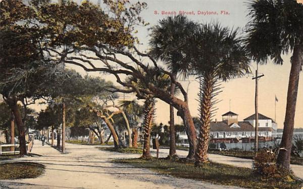S. Beach Street Daytona, Florida Postcard