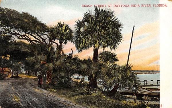 Beach Street at Daytona-India River Daytona , Florida Postcard