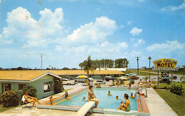 Casa Catalina Motel and Restaurant Dundee, Florida Postcard