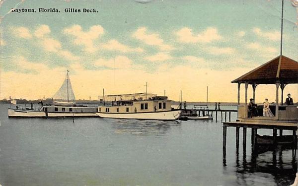 Gilles Dock Daytona, Florida Postcard