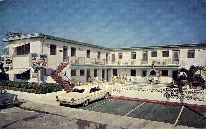 Surf n' Spray Motel - Hollywood, Florida FL Postcard