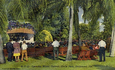 Circle Park - Hollywood, Florida FL Postcard