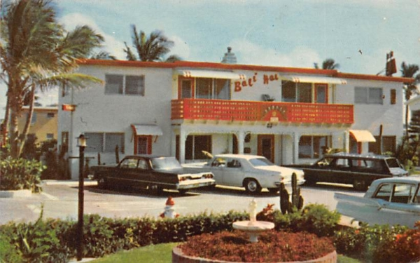 The Bali Hai (On the Beach) Hollywood, Florida Postcard