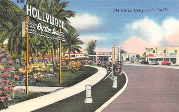 The Circle  Hollywood , Florida Postcard