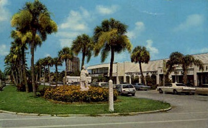 St. Armands Key shopping area - Key West, Florida FL Postcard