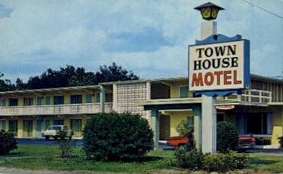 Town House Motel - Kissimmee, Florida FL Postcard