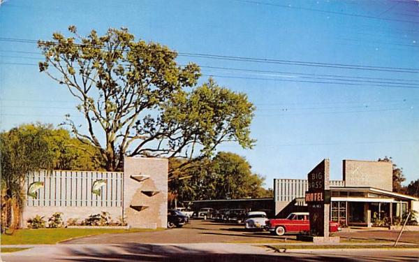 Big Bass Motel Leesburg, Florida Postcard