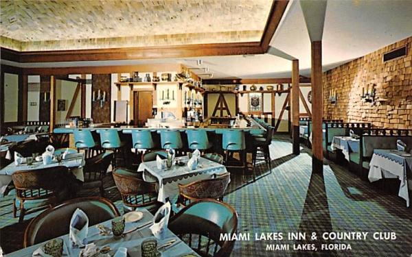 Miami Lake Inn & Country Club Miami Lakes, Florida Postcard