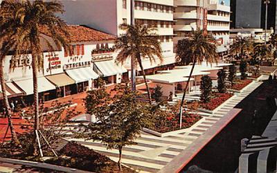 The New Lincoln Mall Miami, Florida Postcard