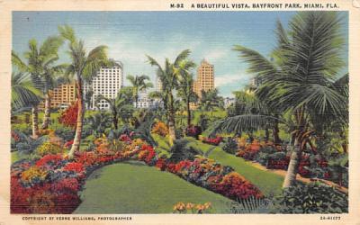 A Beautiful Vista, Bayfront Park Miami, Florida Postcard