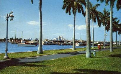 Lake Worth - Palm Beach, Florida FL Postcard
