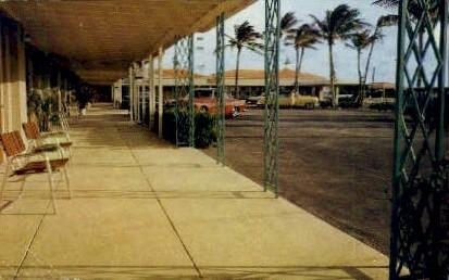 Howard Johnson's Motor Lodge - Palm Beach, Florida FL Postcard