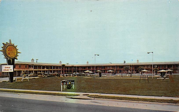 Quality Motel Perry, Florida Postcard