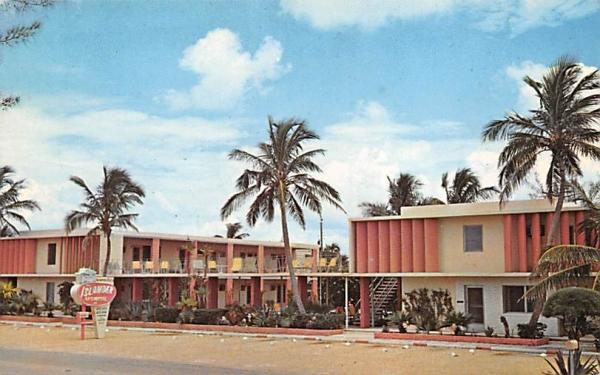 The Islander Apt. - Motel Palm Beach Shores, Florida Postcard