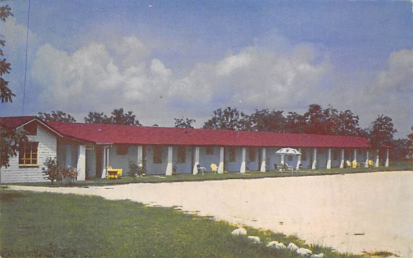 Osceola Ranchcourt Pensacola, Florida Postcard
