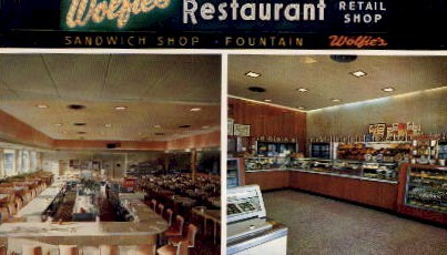 Wolfies Restaurant and Fountain - St Petersburg, Florida FL Postcard