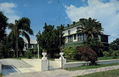 The Manhattan Hotel - St Petersburg, Florida FL Postcard