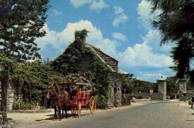 City Gate & Oldest Wooden Schoolhouse - St Augustine, Florida FL Postcard
