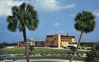 Sheraton Motor Inn - Cypress Gardens, Florida FL Postcard