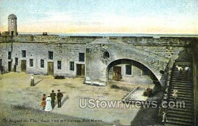 Court Yard - St Augustine, Florida FL Postcard