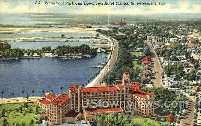 Waterfront Park - St Petersburg, Florida FL Postcard
