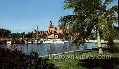 Vinoy Park Hotel - St Petersburg, Florida FL Postcard