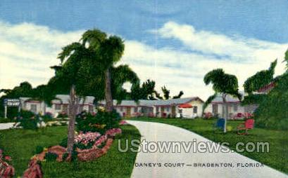 Daney's Court - Bradenton, Florida FL Postcard