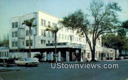 Gray Moss Inn - Clearwater, Florida FL Postcard