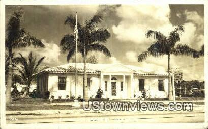 Real Photo - Chamber of Commerce - Hollywood, Florida FL Postcard