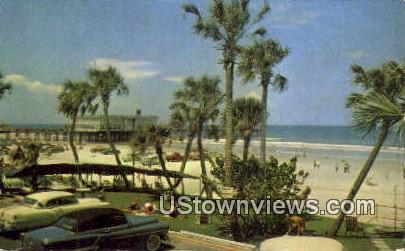 Broad Beach - Daytona Beach, Florida FL Postcard