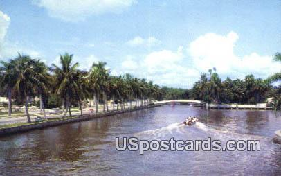 Las Olas Boulevard - Fort Lauderdale, Florida FL Postcard