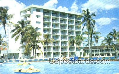 Beach Club Hotel - Naples-on-the-Gulf, Florida FL Postcard