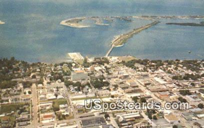 Million Dollar Causeway - Clearwater, Florida FL Postcard