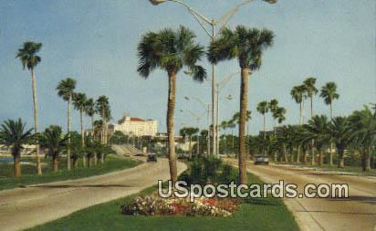 Famous Memorial Causeway - Clearwater, Florida FL Postcard