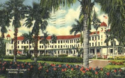 Kenilworth Lodge - Sebring, Florida FL Postcard