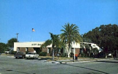 City Hall - St Cloud, Florida FL Postcard