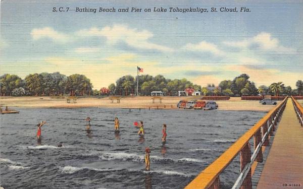 Bathing Beach and Pier on Lake Tohopekaliga St Cloud, Florida Postcard