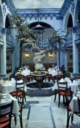 Columbia Spanish Restaurant - Tampa, Florida FL Postcard