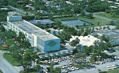 International Inn - Tampa, Florida FL Postcard