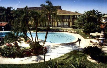 Tahitian Resort - Tarpon Springs, Florida FL Postcard