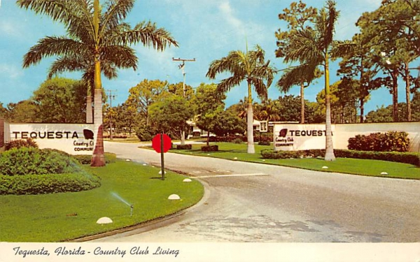 Country Club Living Tequesta, Florida Postcard