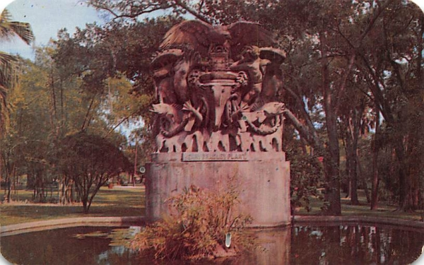 Memorial Fountain to Henry Bradley Plant Tampa, Florida Postcard