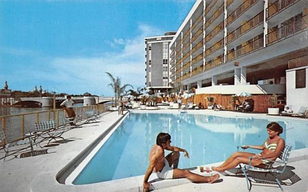 The Manager Motor Inn Tampa, Florida Postcard