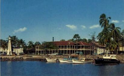 Pioneer Hotel - Lahaina, Hawaii HI Postcard