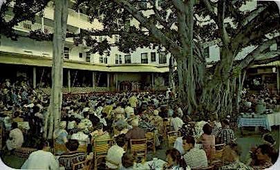 Moana Hotel Banyan Court - Waikiki, Hawaii HI Postcard