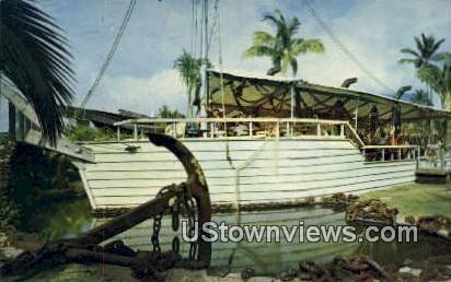 Ship Wreck Bar - Maui, Hawaii HI Postcard